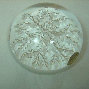 """""""Cristal"""" Snowflake paperweight from France"""
